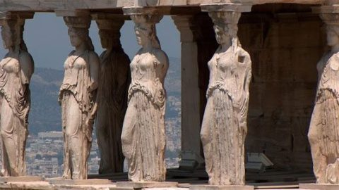 Akropolis – en lille guide til området