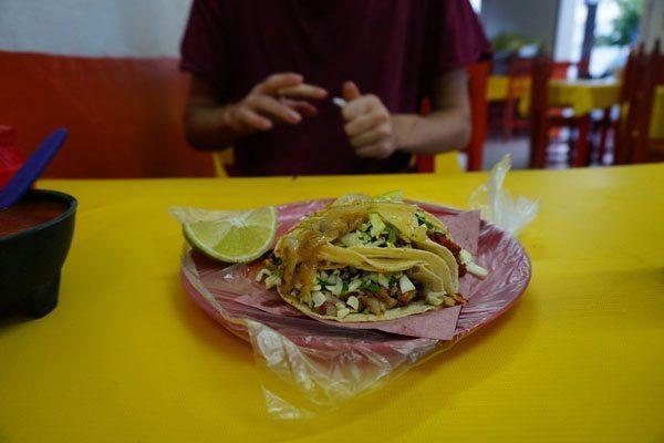 Tacos i Mexico - noget af det lækreste vi har spist!!  ©Backpackerne